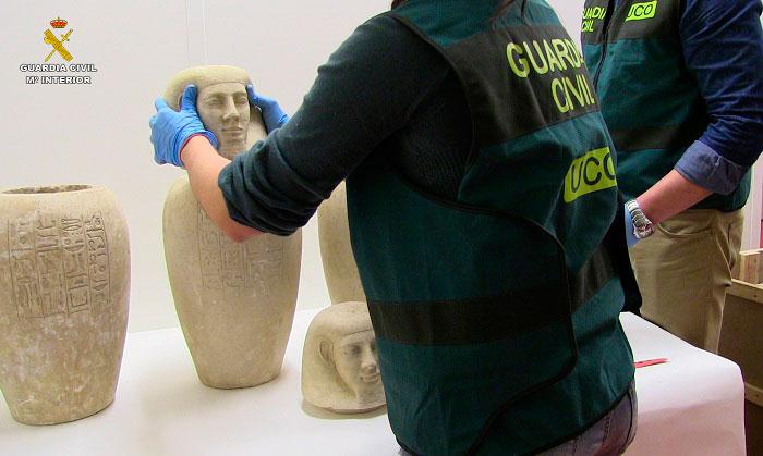 La Guardia Civil desarticula un grupo dedicado al comercio internacional de bienes culturales expoliados en yacimientos de Egipto