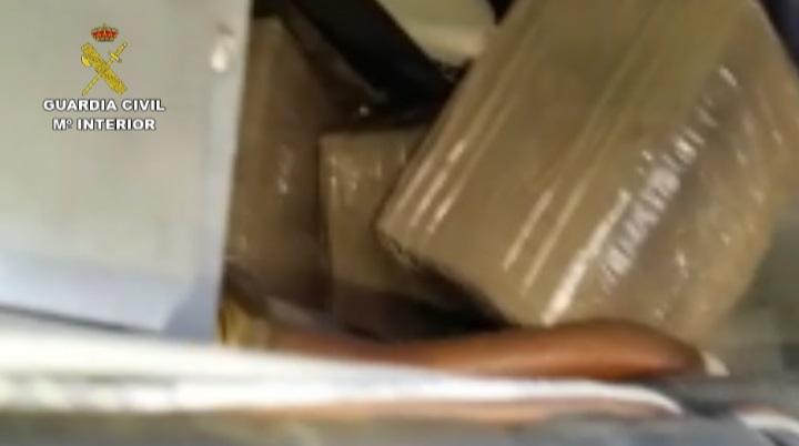 La Guardia Civil interviene cerca de 5 toneladas de hachís en el Campo de Gibraltar