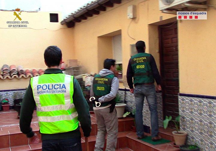 Desarticulada una organización criminal que robaba vehículos de alta gama en Italia para venderlos en Senegal