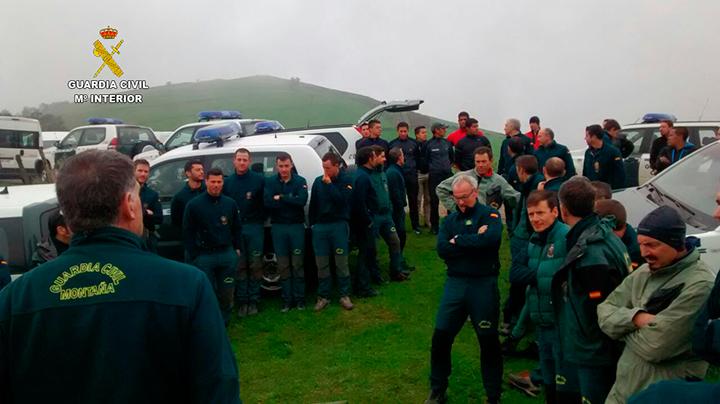 Cuarenta especialistas del Servicio de Montaña de la Guardia Civil realizan un ejercicio de espeleosocorro en Cantabria