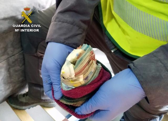 La Guardia Civil desarticula una organización responsable de la introducción de droga en el Centro Penitenciario Murcia II