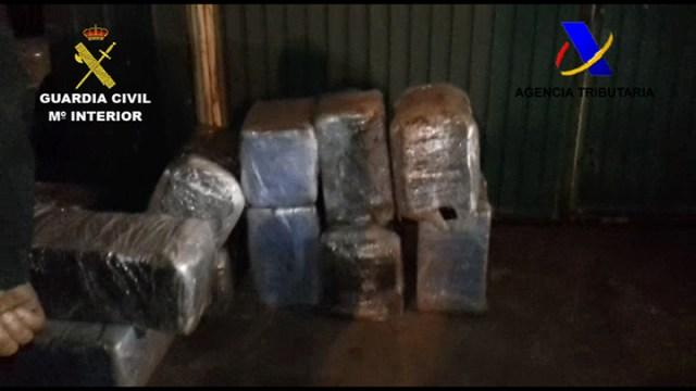 Guardia Civil y Agencia Tributaria intervienen más de 520 kilos de cocaína y detienen a ocho personas en Algeciras