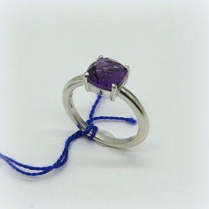 Anello centro viola ametista briolet in argento 925