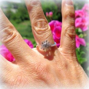 Anello in oro e diamanti brillante e baguette