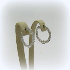 Orecchini pendenti in oro cerchi con zirconi