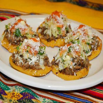 Esta es la comida de las calles guatemaltecas que