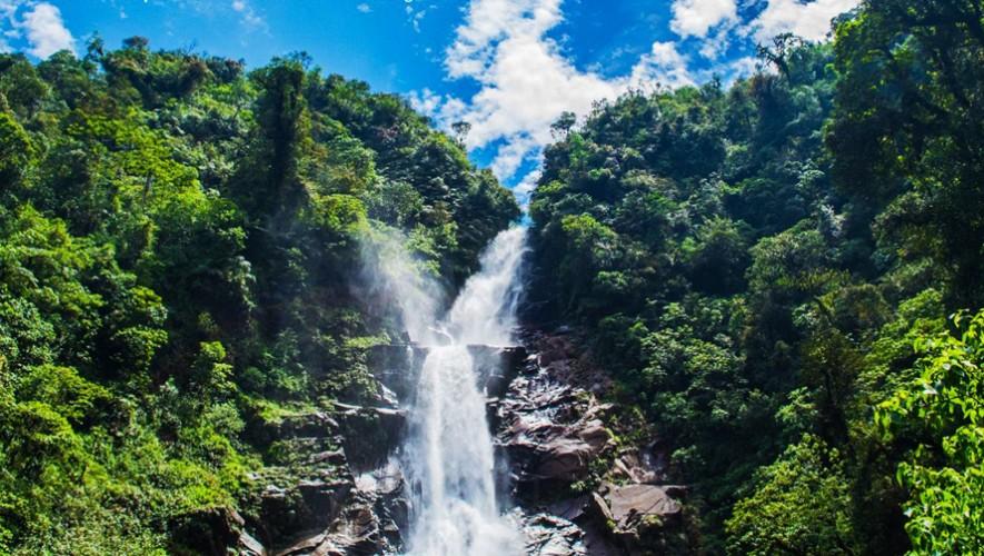 Salto de Chilasc  Lugares a los que puedes ir si viajas a Baja Verapaz Guatemala