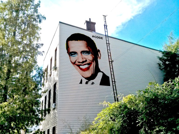 obama-warholized-by-code-in-random-williamsburg-building