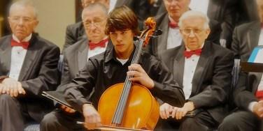 Kiwanis-scholarship-winner-Samuel-Steinhauser-Brown
