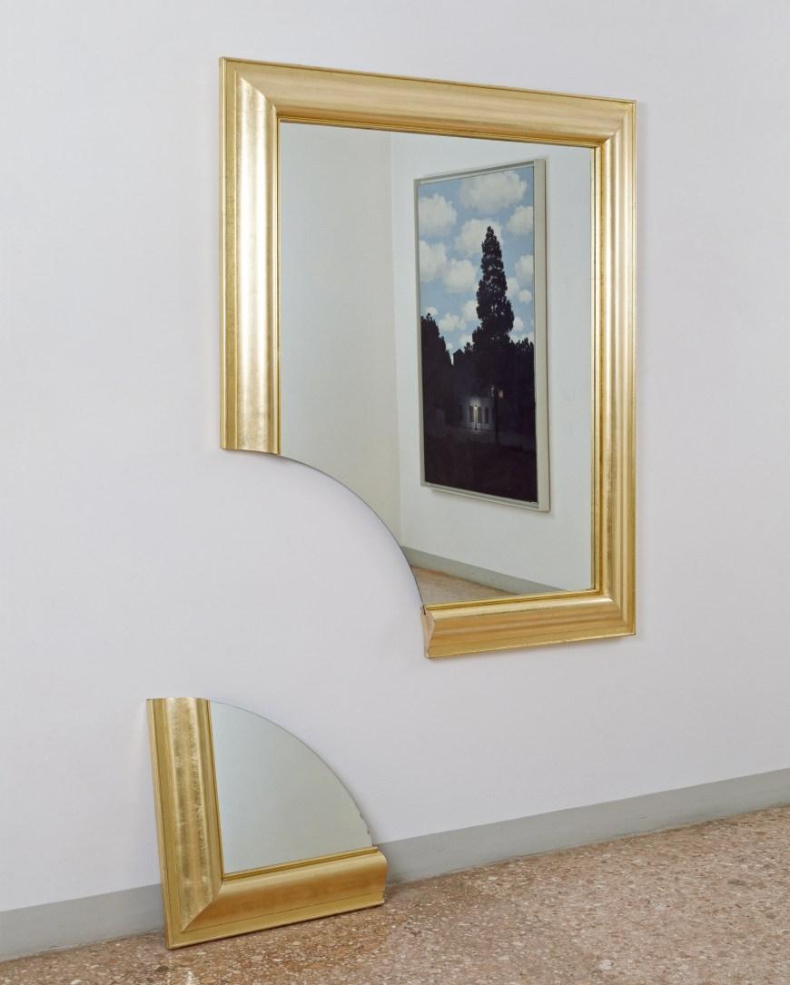 Broken Mirror Wall Art Broken Mirror Specchio Spezzato