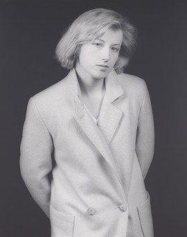 Robert Mapplethorpe, Cindy Sherman, 1983. Gelatin silver print, image: 19 1/4 x 15 1/4 inches (48.9 x 38.7 cm); sheet: 19 13/16 x 15 15/16 inches (50.3 x 40.5 cm)