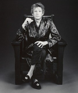 Robert Mapplethorpe, Self Portrait, 1988. Gelatin silver print, image: 23 3/16 x 19 5/16 inches (58.9 x 49.1 cm); sheet: 23 13/16 x 19 15/16 inches (60.5 x 50.6 cm)