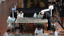Les restaurateurs restaurent la peinture de Jackson Pollock Alchemy