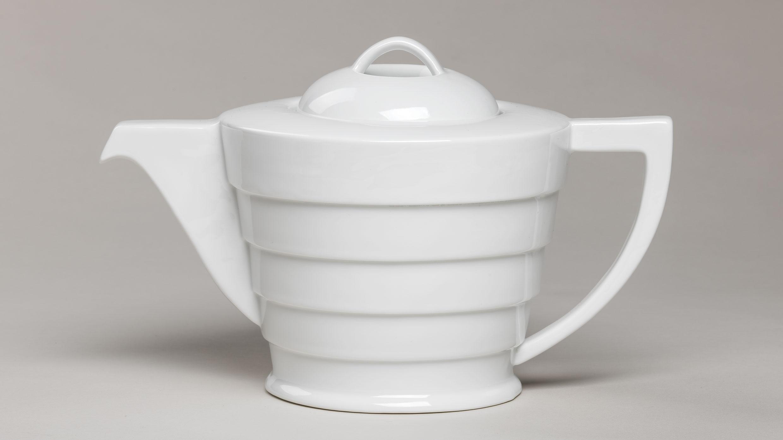 A Classic Tea Set Returns to the Guggenheim Store