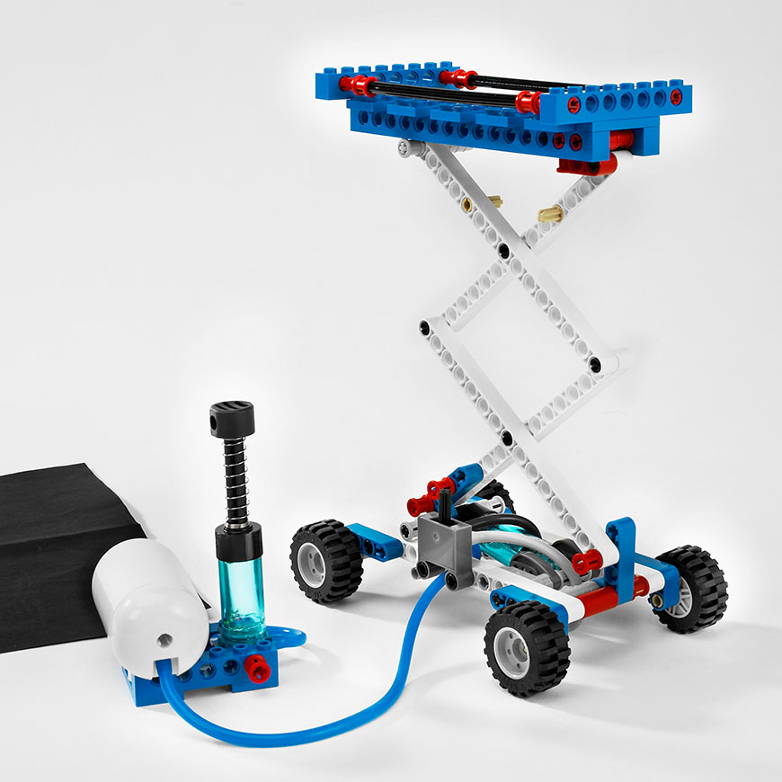 LEGO Education Pneumatics Add on Set