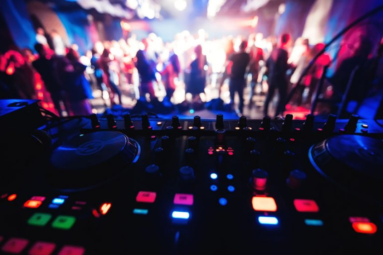 An electronic party