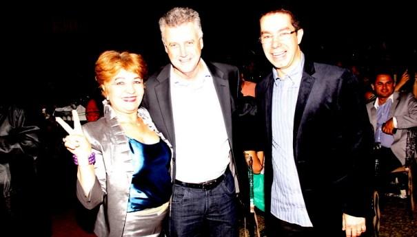 Luzia Câmara ao lado do candidato ao Governo do DF e Senador Rodrigo Rollemberg e o presidente do grupo Associados Assis chateaubriand, Correios Braziliense