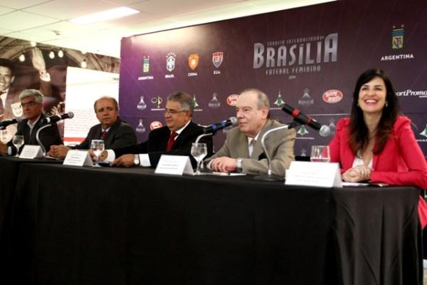 Futebol feminino, Brasília - Guia BSB.net