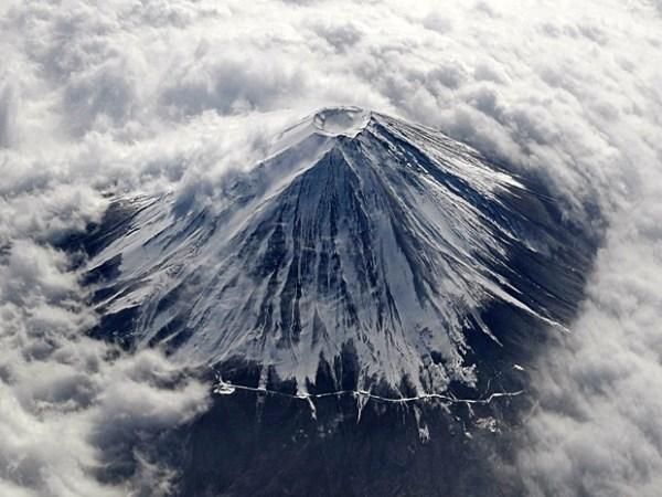 O Monte Fuji é um vulcão pronto para erupção - Guia BSB.net