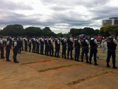Protestos pedem para Governo de Brasília - Guia BSB.net