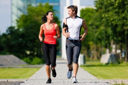 Mudança de hábitos é mais bem sucedida com um parceiro - Foto: Internet