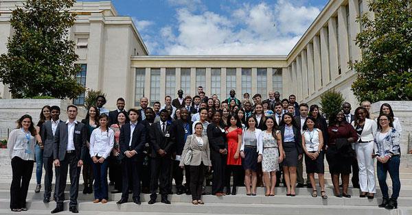 Estudantes na ONU em Genebra. Foto: UNIS