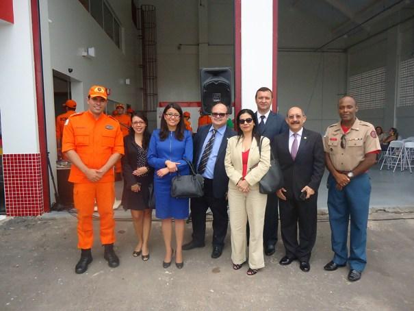 Autoridades diplomáticas presentes na inauguração do novo quartel do Corpo de Bombeiros - Foto: CBMDF