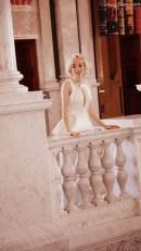 Angelica Ferrer veste vestido da desinger Mariam Heydari - Foto: Simón Bechara