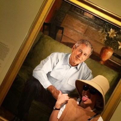 Angelica Ferrer em National Gallery com Bush