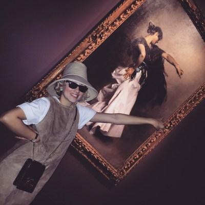 A jitana dançando em National Gallery