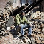 Número de mortos passa de 4 mil após terremoto no Nepal