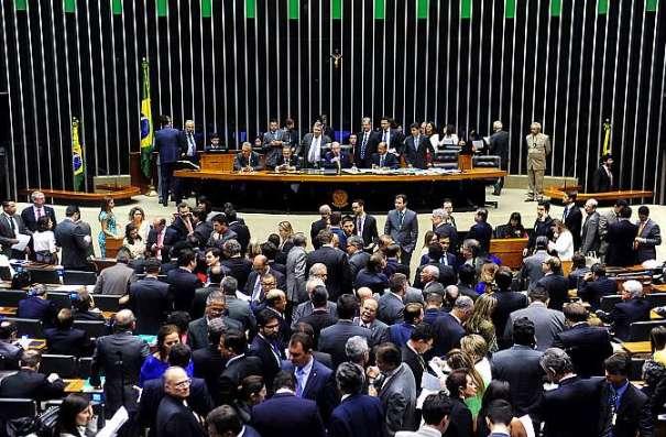 Câmara. Deputados aprovaram mandato de cinco anos nas eleições municipais a partir de 2020 e nas eleições gerais a partir de 2022 - Foto: Gustavo Lima/Câmara dos Deputados