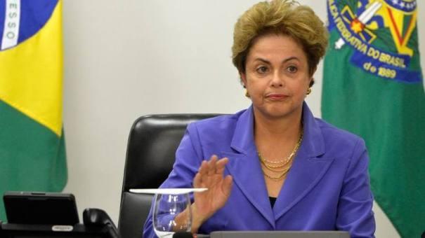 """Dilma Rousseff: presidente admite demora para perceber a gravidade da crise econômica, diz que levou """"muitos sustos"""" e lamenta o envolvimento de petistas na Operação Lava Jato - Foto: Agência Brasil"""