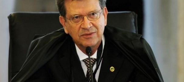Domingos Lamoglia renuncia ao cargo de conselheiro no Tribunal de Contas