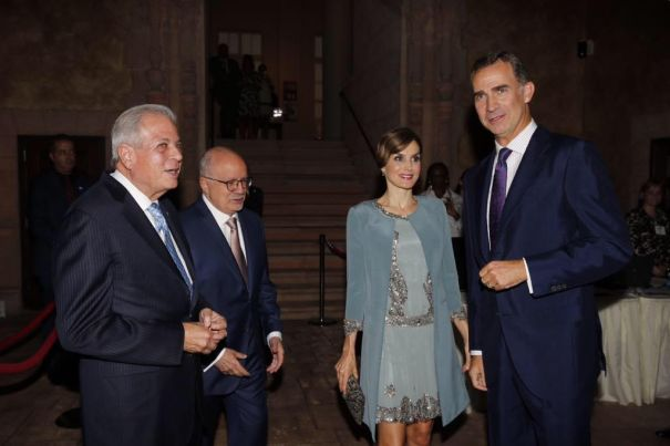 Rainha Letizia em seu último evento em Washington DC sempre muito elegante