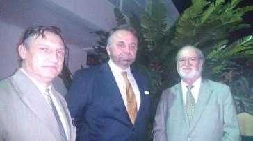 Jornalista Luís Lineares, Embaixador da Polônia Andrzej Maria Braiter, e o Senador Eduardo Azeredo