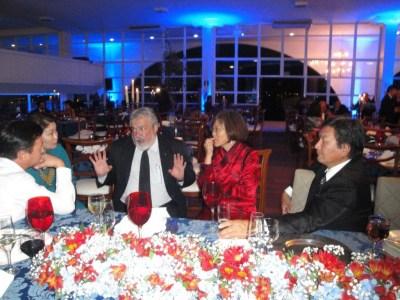 Convidados presentes na festa que marca o Primeiro Aniversário da Embaixada da Mongólia