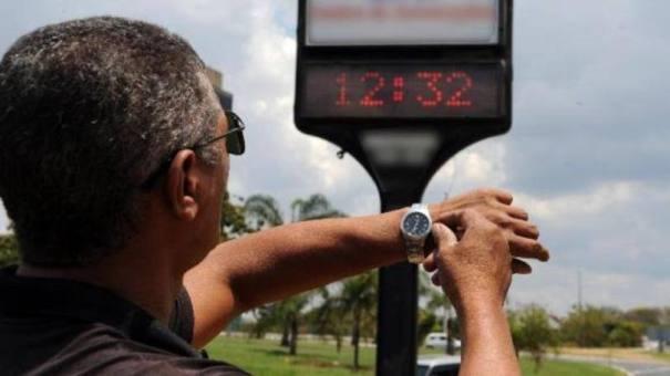 Economia de 5%: a estratégia é aproveitar a intensificação da luz natural ao longo do dia durante o verão para reduzir o gasto de energia - Foto: Arquivo/Agência Brasil