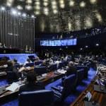 Senado abre processo de impeachment contra Dilma Rousseff