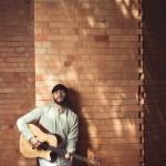 Eduardo de Paula leva canções inspiradas na Tropicália para show no Teatro Garagem