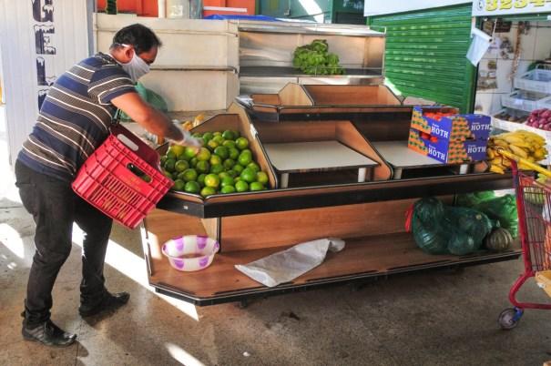 Comerciantes seguiram à risca as orientações sobre procedimentos de prevenção à contaminação pelo coronavirus | Fotos: Acácio Pinheiro / Agência Brasília