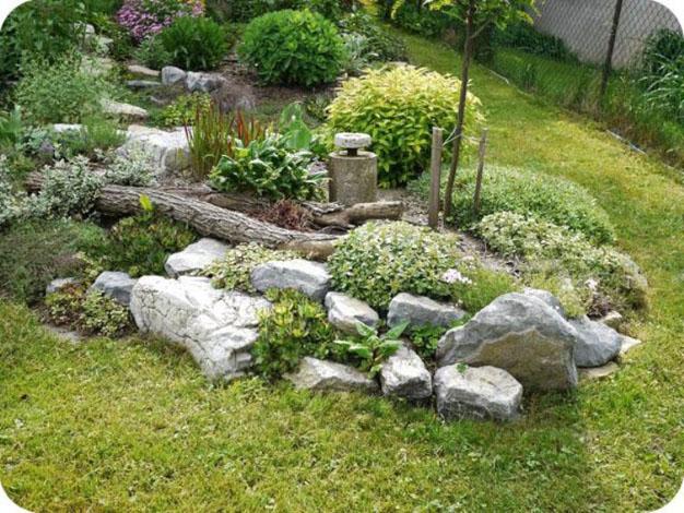 10 idee per decorare il giardino con la pietra guida for Pietre bianche da giardino costo