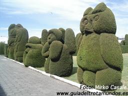 Cuando jardineros y enterradores trabajan hombro con hombro - 100307_tulcan2