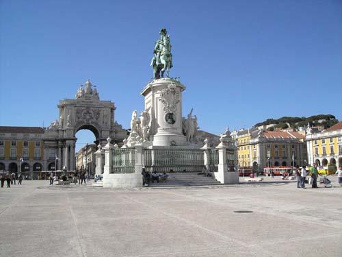 La espectacular Plaza del Comercio de Lisboa - plaza_del_comercio_