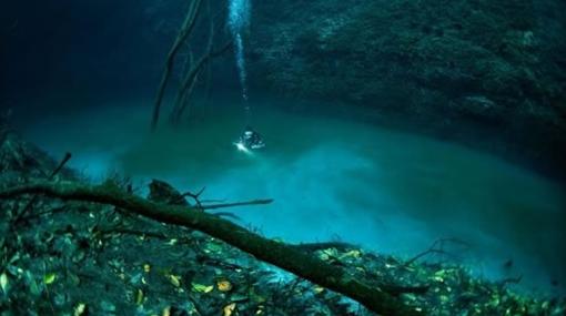 ¿Río debajo del mar? ¿Es posible? Sí en México - un-rio-bajo-el-fondo11