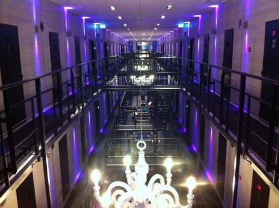 Het Arresthuis, el hotel que antes fue una cárcel - het-cellenblok1