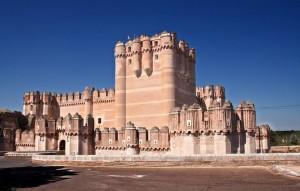 Los diez castillos más encantadores del mundo - castillo_de_coca1-300x191
