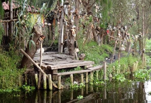 La Isla habitada por muñecos