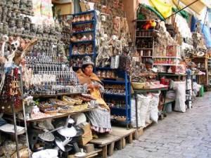 El Mercado de las Brujas - Puestos-Mercado-Brujas-300x225