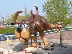 BonBon Land, un gamberro  parque temático en Dinamarca - Pedos-de-perro-300x225